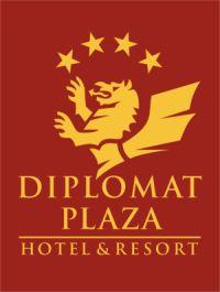 """Хотел """"Diplomat Plaza"""", Луковит - Доволни клиенти на ProTentSystem - перголи, сенници, тенти, панорамни системи, зимна градина, външни щори."""